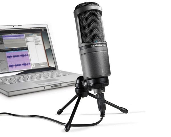 В комплекте с микрофоном Audio Technica 2020 идет подставка-тренога