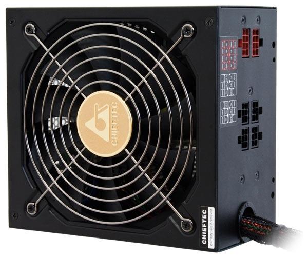 Блок питания для компьютера на 650 Ватт Chieftec APS-650CB 650W